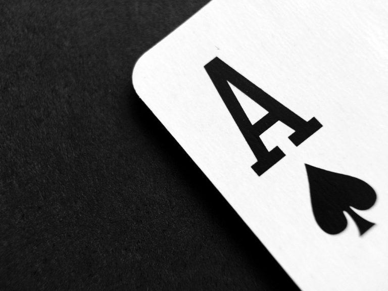 Sázka na jednu kartu – připravujeme divadelní přehlídku