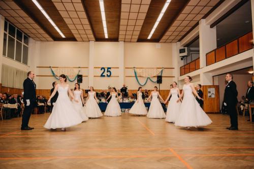 Divadelni-bal-25- 007-1200