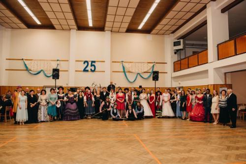 Divadelni-bal-25- 034-1200