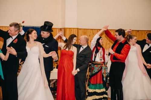 Divadelni-bal-25- 039-1200